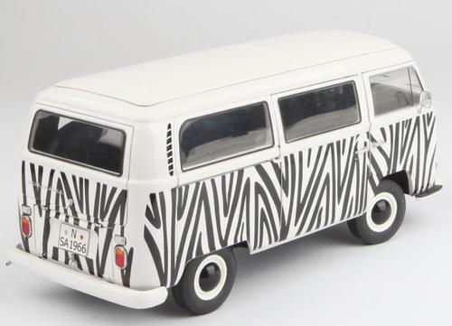 1/18 Schuco Volkswagen VW T2A Bus Safari Diecast Car Model