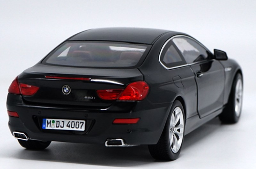 1/18 Dealer Edition BMW 6 Series 650i Coupe (Black) Diecast Car Model