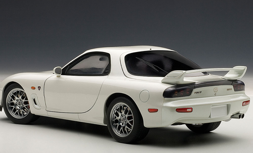 1/18 AUTOart Mazda RX-7 RX7 (FD) SPIRIT R TYPE A (PURE WHITE) Diecast Car Model 75989