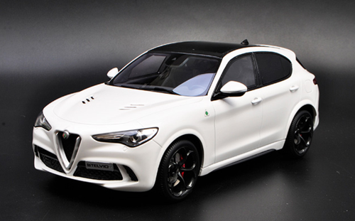 1/18 OTTO Alfa Romeo Stelvio Quadrifoglio (White) Limited Resin Car Model
