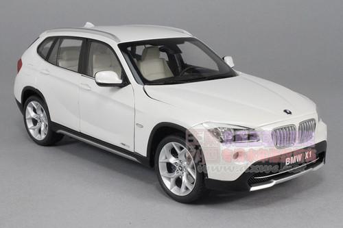1/18 Kyosoh BMW X1 xDrive 28i (White)