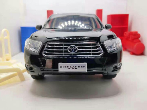 1/18 Dealer Edition 2009 Generation Toyota Highlander (Black) Diecast Car Model