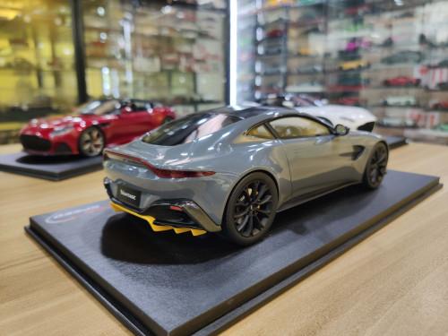 1/18 Top Speed Topspeed TSM 2019 Aston Martin Vantage (Grey) Resin Car Model