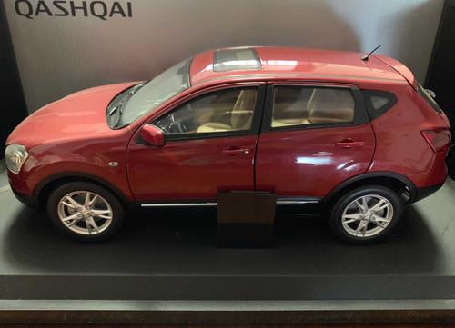 1/18 Dealer Edition Nissan Qashqai (Red) Diecast Car Model