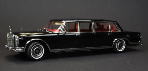 1/18 CMC 1954 Mercedes-Benz Mercedes Benz 600 W100 Pullman Hardtop (Black) Diecast Car Model Limited