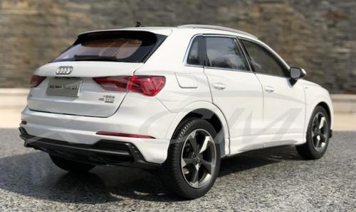 1/18 Dealer Edition 2020 Audi Q3 (White) Diecast Car Model