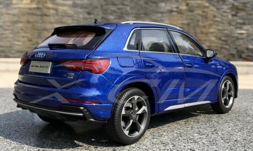1/18 Dealer Edition 2020 Audi Q3 (Blue) Diecast Car Model