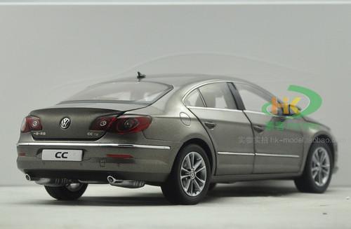 1/18 Volkswagen CC (Champagne)