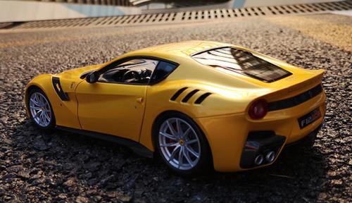 1/18 BBR Ferrari F12 TDF (Yellow) Diecast Car Model Limited