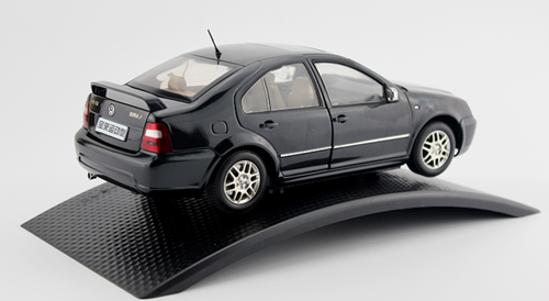 1/18 Dealer Edition Volkswagen VW Jetta R / Bora R (Black) 4th generation (A4, Typ 1J; 1999–2005) Diecast Car Model