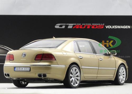 1/18 GTAUTOS Volkswagen Phaeton (Champagne)