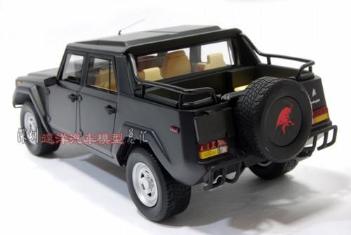 1/18 Dealer Edition Handmade Lamborghini LM002 (Black) Resin Car Model