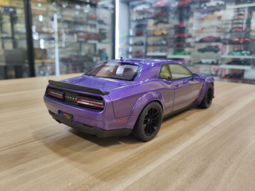 1/18 GT Spirit GTSpirit Dodge Challenger SRT SCAT PACK WIDE BODY Plum (Purple) Resin Car Model