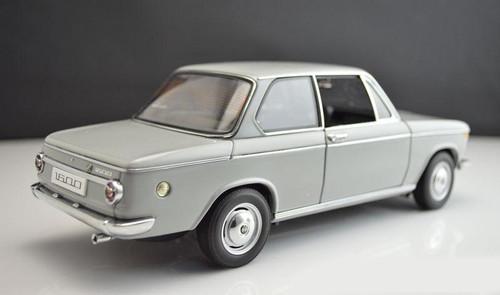 AUTOart 1/18 BMW 1600-2 (GREY) DIECAST CAR MODEL