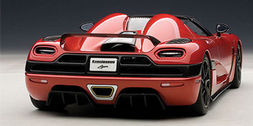1/18 AUTOART KOENIGSEGG AGERA (RED) 79007 DIECAST CAR MODEL