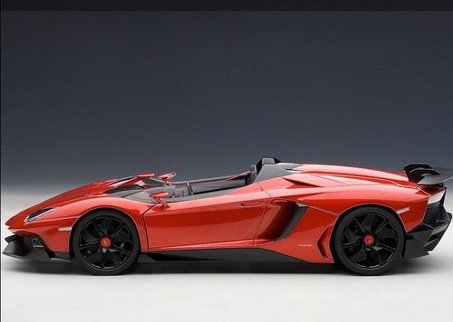 1/18 AUTOart LAMBORGHINI AVENTADOR J METALLIC RED DIECAST CAR MODEL 74673