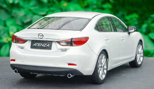 1/18 Dealer Edition Mazda 6 / Atenza (White) Diecast Car Model