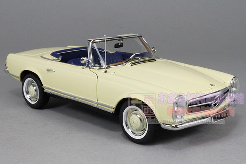 1/18 MERCEDES-BENZ 1963 230SL (WHITE) CAR MODEL