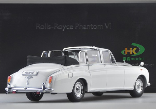 1/18 1967 ROLLS-ROYCE PHANTOM VI (WHITE) CONVERTIBLE Diecast Car Model