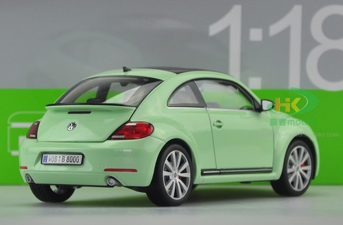1/18 VOLKSWAGEN VW BEETLE (GREEN) DIECAST CAR MODEL