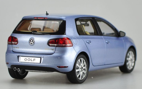 1/18 Dealer Edition Volkswagen VW GOLF VI 6 (BLUE) Diecast Car Model