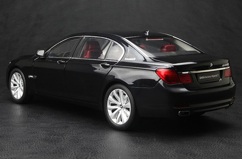 1/18 Kyosho BMW ActiveHybrid 7 Series (BLACK) DIECAST CAR MODEL