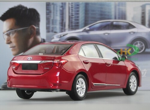 1/18 TOYOTA Corolla (Red) DIECAST CAR MODEL