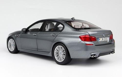 1/18 Paragon BMW M5 (F10) (Grey) Diecast Car Model