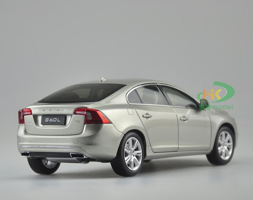 1/18 Dealer Edition Volvo S60L (Grey)
