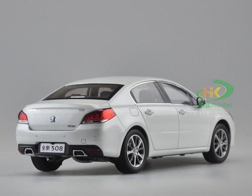 1/18 Dealer Edition 2015 Peugeot 508 508L (White) Diecast Car Model