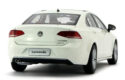 1/18 Dealer Edition 2015 Volkswagen VW Lamando (White) Diecast Car Model