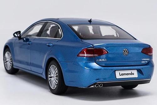1/18 Dealer Edition 2015 Volkswagen VW Lamando (Blue) Diecast Car Model