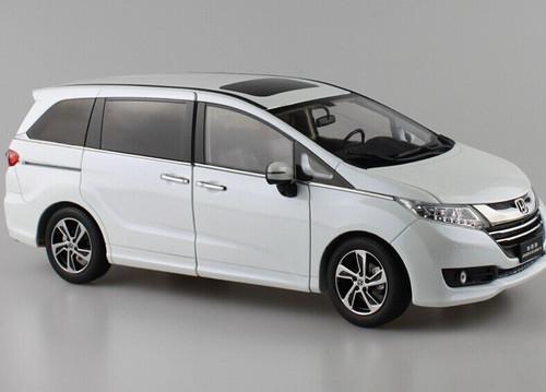 1/18 Dealer Edition Honda Odyssey (White)