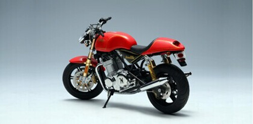 1/12 AUTOart NORTON 952 COMMANDO (Red) Diecast Car Model