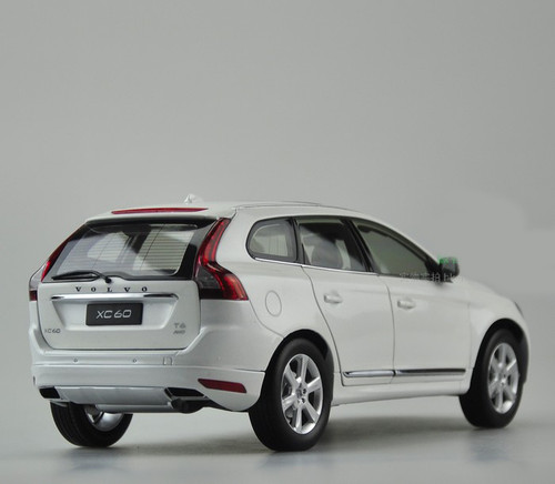1/18 Dealer Edition Volvo XC60 (White) Diecast Car Model