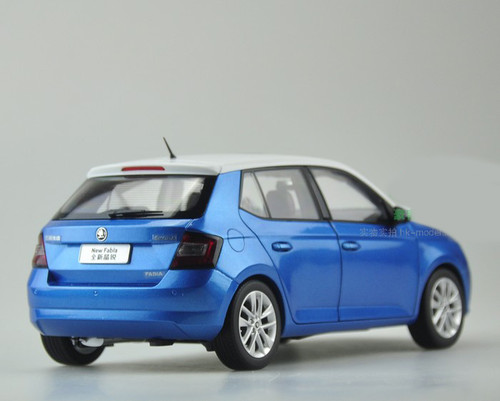 1/18 Dealer Edition Skoda Fabia (Blue)
