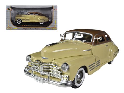 1941 Cadillac Series 60 Special Blue 1//32 DIECAST voiture Gratuite au Royaume-Uni affranchissement.