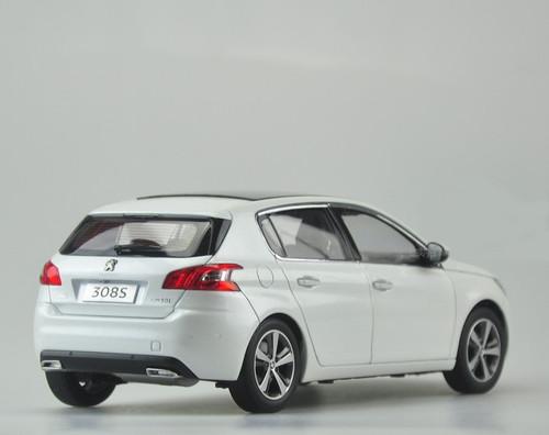 1/18 Dealer Edition Peugeot 308S 308 (White) Diecast Car Model