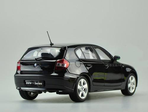 1/18 Kyosho BMW 120i (Black)