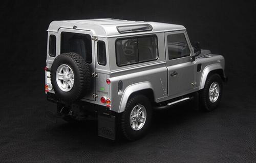 1/18 Kyosho Land Rover Defender 90 Short Wheelbase (Silver) Diecast Car Model