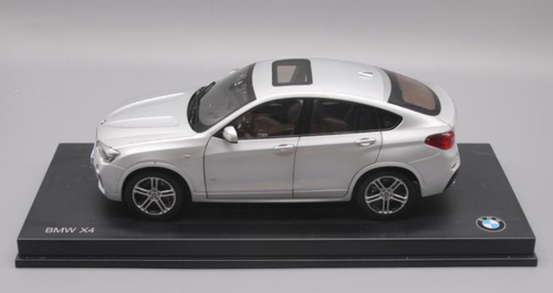 1/18 Dealer Edition BMW X4 F26 (2014–2018) (Silver) Diecast Car Model
