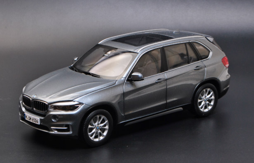 1/18 Dealer Edition BMW X5 F15 (Space Grey) Diecast Car Model
