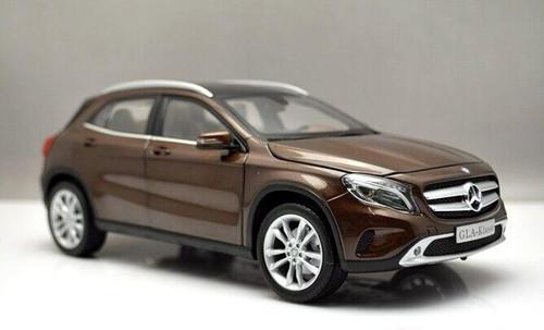 1/18 Dealer Edition Mercedes-Benz GLA (Brown)