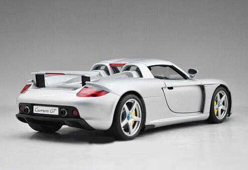 1/18 AUTOart Porsche Carrera GT (Silver) Diecast Car Model 78046