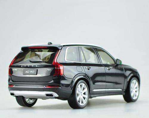 1/18 Dealer Edition 2015 Volvo XC90 (Black)
