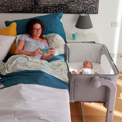 Chicco Next 2 Me Magic 2 Side Sleeping Crib - White Snow