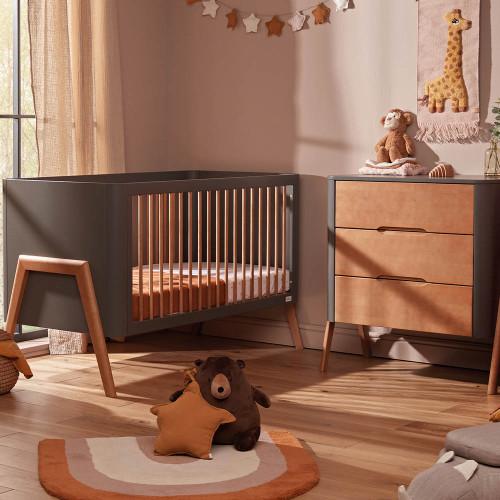 Troll Torsten 2-Piece Cot & Dresser Room Set - Grey/Teak