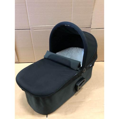 Baby Jogger Deluxe Pram Carrycot - Black (Ex-Display)