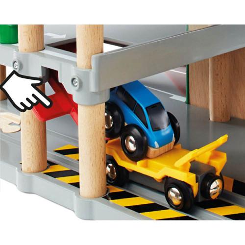 Brio Parking Garage - load