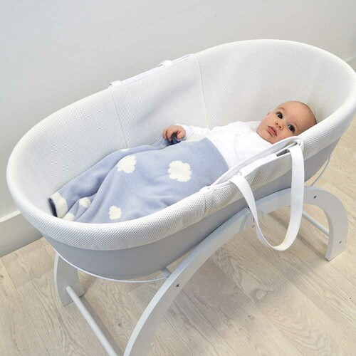 Shnuggle Knitted Cotton Blanket - Cloud (lifestyle)